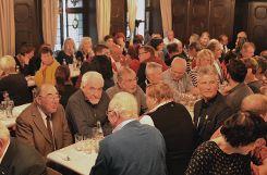Die Lörracher Narren starteten mit dem Schnägge-Essen am 11.11. in die Fasnachtssaison 2018. Foto: Manfred Herbertz Foto: anl