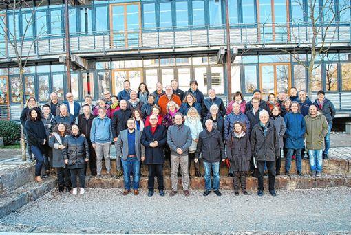 Einheit leben: Gemeindeleiter der unterschiedlichen Gemeinden Lörrachs und Schulleiter kamen zum Gebet zusammen. Foto: Dorothea Gebauer