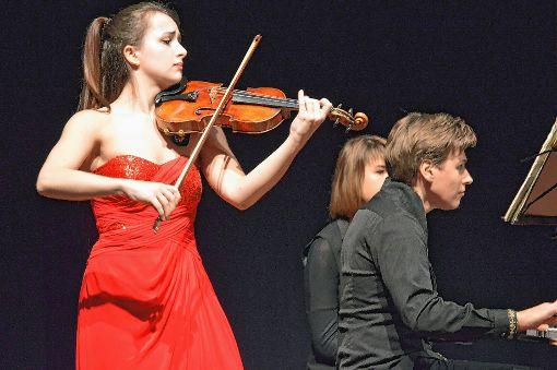 Überzeugend: Christina Brabetz   und Nicolai Gerassimez   Foto: Veronika Zettler Foto: Die Oberbadische