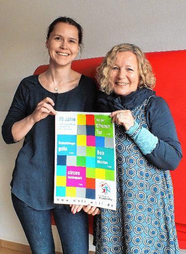Vorsitzende Halka Dupy (links) und Geschäftsführerin Ingrid Weinmann  freuen sich auf die Feierlichkeiten.    Foto: Daniela Buch Foto: Weiler Zeitung
