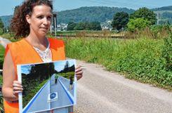 Sabrina Perlitius vom Planungsbüro zeigte im Sommer vor Ort, wie die Schnellverbindung aussehen könnte. (Archivfoto) Foto: Werndorff
