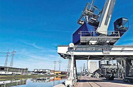 Der Hafen Stuttgart ist ein wichtiger Güterumschlagplatz für die Region Stuttgart. Foto: Wilhelm Mierendorf