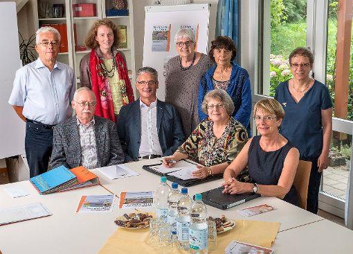 Der aktuelle Vorstand des Förderkreises  mit dem Vorsitzenden Klaus-Peter Huck (Mitte)    Foto: zVg Foto: Die Oberbadische