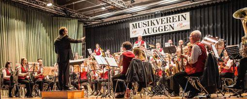 Der Musikverein Auggen unternahm das Publikum mit auf eine musikalische Reise auf die britischen Inseln. Foto: Alexander Anlicker