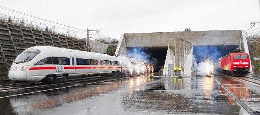 Der Bau des Katzenbergtunnels – ein Grund zum Feiern schon bei der Eröffnung (Foto). Künftig soll er die Anlieger der alten Rheintalbahn noch stärker entlasten.  Foto: zVg Foto: Weiler Zeitung
