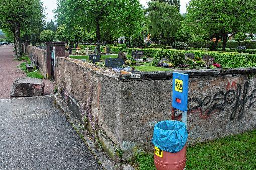 Neben dem Friedhof in Fahrnau soll ein muslimisches Gräberfeld entstehen.    Foto: Werner Müller Foto: Markgräfler Tagblatt