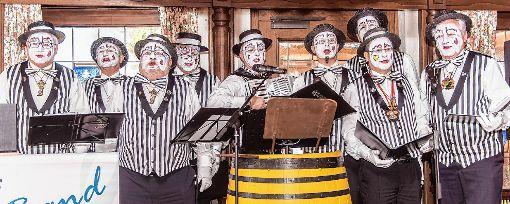Ein echter Hingucker: die BNZ Clownerie der Breisgauer Narrenzunft    Fotos: Alexander Anlicker Foto: Weiler Zeitung