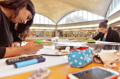 Die Universität Basel zählt rund 12900 Studenten.    Foto: zVg Foto: Die Oberbadische