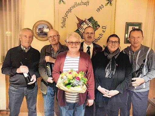 Alfred Stolz, Hans-Peter Müller, Ingrid Güdemann, Rudolf Güdemann, Silke Herzog und Erich Krumbholz (v.l.). Foto: zVg