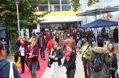 Die Ausbildungsbörse in Weil am Rhein  lockt jedes Jahr zahlreiche Jugendliche an.    Archivfoto: Siegfried Feuchter Foto: Weiler Zeitung