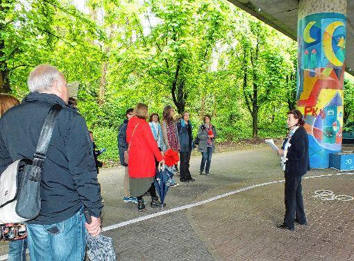 Bei der Stadtführung wurde Friedlingen erkundet.     Foto: Daniela Buch Foto: Weiler Zeitung
