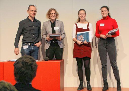 """Die Gewinner des """"BioValley College Award 2018"""" mit Ronja Spanke vom Phaenovum (zweite von rechts). Foto: zVg"""