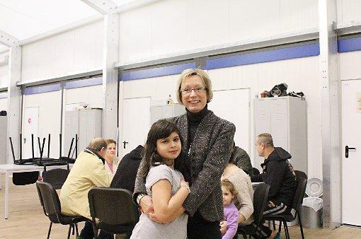 """Britta Lanzendorf mit einem ihrer """"Schützlinge""""  Foto: Gabriele Hauger Foto: Kristoff Meller"""