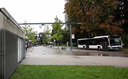 """Die Bundespolizei entlarvte am Busbahnhof einen """"falschen Finnen"""".   Foto: Meller Foto: Die Oberbadische"""