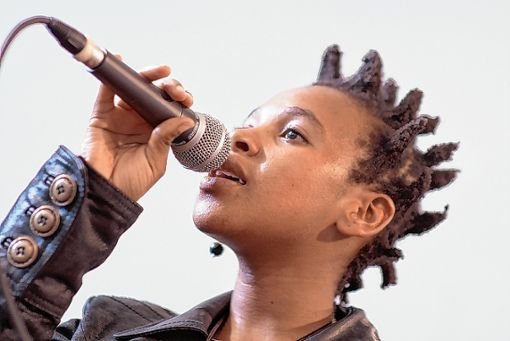 Zwischen Rock und Jazz: Siya Makuzeni und ihr Quartett treten im Zentrum für Afrikastudien auf.   Foto: zVg Foto: Die Oberbadische