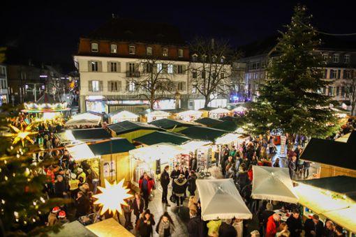 Impressionen vom Eröffnungstag des 42. Lörracher Weihnachtsmarkts. Foto: Kristoff Meller Foto: Kristoff Meller
