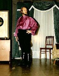 """Günther Geiser im vergangenen Jahr in der Rolle des Willi im Stück """"Sonnyboy"""" von Neil Simon    Foto: zVg Foto: Die Oberbadische"""