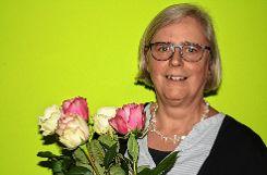 Ute Engler wurde für ihre langjährige Tätigkeit als Vorsitzende geehrt. Foto: Markgräfler Tagblatt