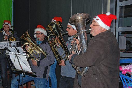 Die Bläsergruppe der Burgunder Rätzer sorgte für besinnliche Stimmung.    Foto: zVg Foto: Weiler Zeitung