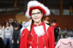 """Eileen (11 Jahre): """"Ich habe mich heute zum ersten Mal als Funkenmariechen verkleidet. Ich habe mal getanzt und das Kostüm hat  mir schon immer gefallen.""""  Foto: Kristoff Meller Foto: mek"""
