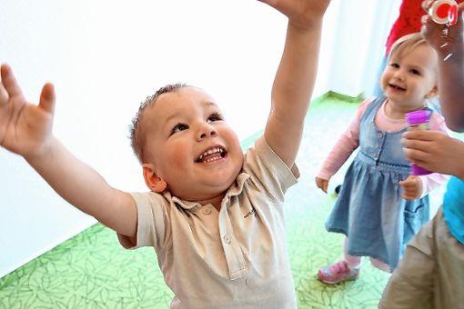 Der Kinderschutzbund bietet wieder einen Babysitterkurs für Schüler an. Foto: zVg