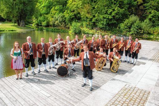 """Egerländer Blasmusik aus Leidenschaft bieten """"Holger Mück und seine Egerländer Musikanten"""" am Sonntag, 31. März. Foto: zVg"""