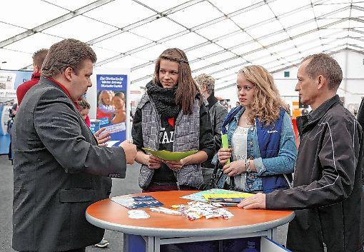 Auf der Bildungsmesse CULT treffen Firmen auf potenzielle Auszubildende, die Infos wollen.Archivfoto: Kristoff Meller Foto: Die Oberbadische