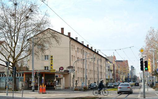 Die Ecke Klybeckstraße/Hauptstraße will die Stadt aufwerten. Auch private Gebäudebesitzer sind gefragt. Foto: Marco Fraune