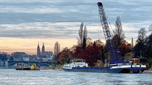 Das anhaltende Niedrigwasser hatte keinen Einfluss auf das Vorankommen der Arbeiten. Foto: zVg