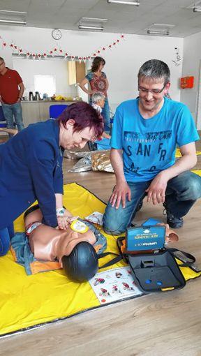 Einen Erste-Hilfe-Kurs bot das DRK in Maulburg an.   Foto: zVg Foto: Markgräfler Tagblatt
