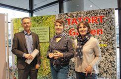 Michael Wilke (v.l.), Amandine Tupin und Annette Windhausen  bei der Vernissage   Fotos: Asia Lomartire Foto: Die Oberbadische