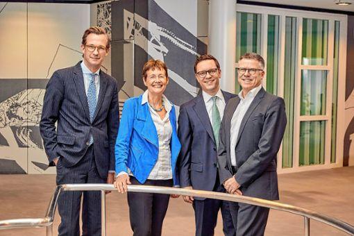 Lars Kalfhaus (von links), Ursula Redeker, Christian Paetzke und Hagen Pfundner präsentierten gestern die Jahresergebnisse 2018 von Roche in Deutschland. Foto: zVg/Roche
