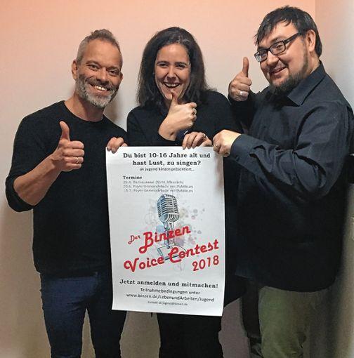 Thomas Kaufmann, Anita Spieß und Heinz Breininger (v.l.) freuen sich auf viele Teilnehmer beim ersten Binzen Voice Contest. Foto: Weiler Zeitung