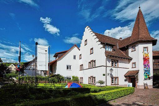 """Im Altweiler Stapflehus ist die Ausstellung """"Parcours Humain"""" zu sehen.   Foto: zVg Foto: Weiler Zeitung"""