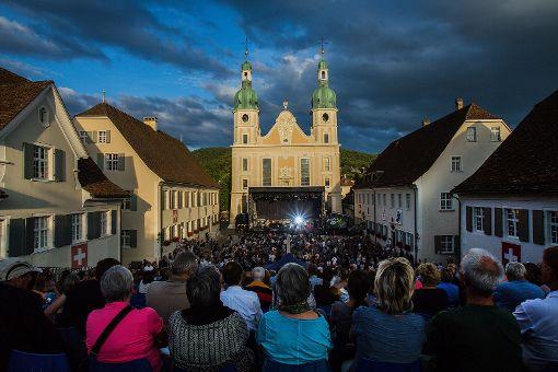 Impressionen des Konzerts von Elbow sowie Jordan Prince & Band (Support) auf dem Domplatz in Arlesheim. Foto: Kristoff Meller Foto: Kristoff Meller
