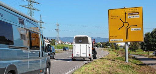 Weil der Autobahnverkehr über den Turbinenkreisel zur Bundesstraße zurückgeführt werden muss, solange der Abschnitt A98.5 nicht gebaut worden ist, befürchtet man in Minseln und Karsau eine starke Zunahme der Verkehrsbelastung. Foto: Archiv