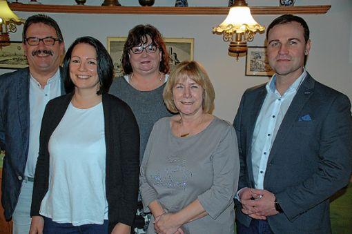 Geschäftsführender VdK-Vorstand (v.l.): Gerd Turowski, Wendy Jehle, Elvira Turowski, Edith Hagin und John Jehle. Foto: Peter Ade