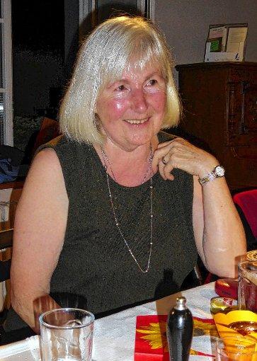 Ingeborg Schütze war bei der Muettersproch-Gsellschaft in Hausen zu Gast.    Foto:   Siegfried Schmieg Foto: Markgräfler Tagblatt