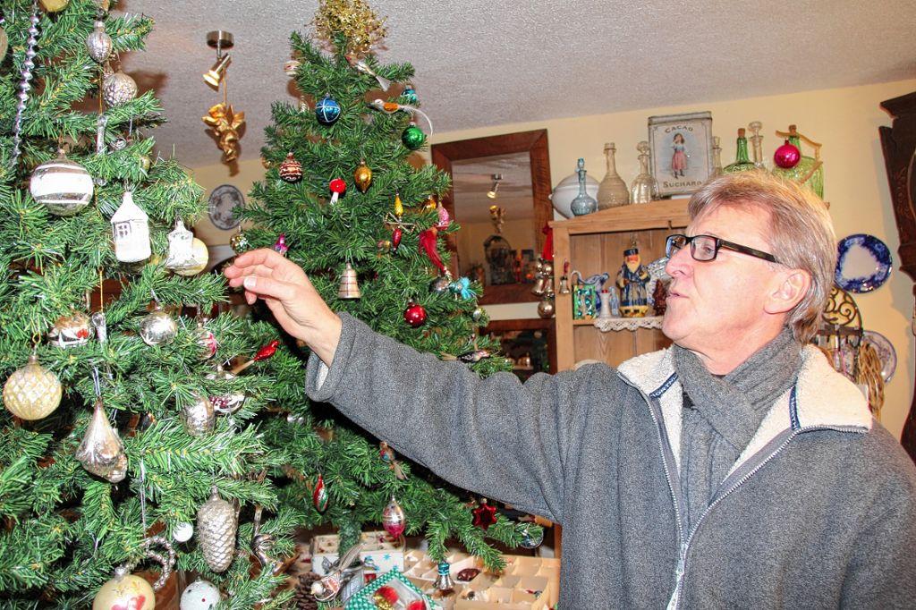 Grüne Gurke Im Weihnachtsbaum.Maulburg Was Macht Die Gurke Am Weihnachtsbaum Maulburg