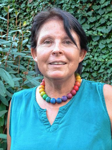 Renate Krüger, Pfarrerin der evangelischen Gemeinde in Haltingen, feiert morgen Geburtstag.   Foto: sc Foto: Weiler Zeitung
