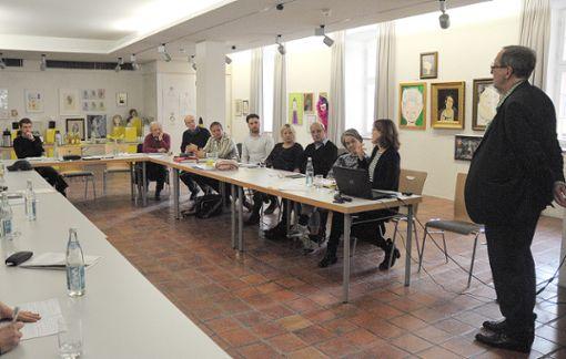Die Arbeitsgruppe Erinnerungskultur traf sich am Freitagnachmittag im Dreiländermuseum. Foto: Regine Ounas-Kräusel