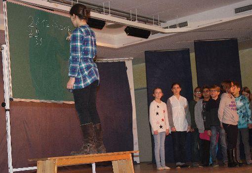 Am Tag der offenen Tür gaben Waldorfschüler den Besuchern Einblick in ihren Schulalltag.  Foto: Katharina Ohm Foto: Die Oberbadische