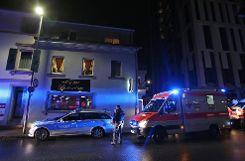 Die Rettungskräfte waren mit einem Großaufgebot vor Ort. Foto: Kristoff Meller Foto: mek