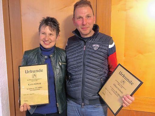 Karin und Alfred Siebold  wurden bei der Generalversammlung des Reitvereins Wiesental-Steinen zu Ehrenmitgliedern ernannt.  Foto: zVg Foto: Markgräfler Tagblatt