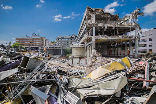 Der Abriss des Postgebäudes Foto: Kristoff Meller Foto: Kristoff Meller