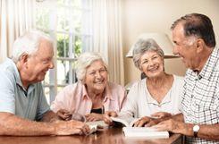 Mit dem Seniorenbüro bieten Stadt und Diakone den älteren Menschen eine zentrale Anlaufstelle.    Symbolfoto: Archiv Foto: Markgräfler Tagblatt