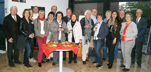 """Gemütlicher Abschluss eines gelungenen Tages zum Geburtstag """"20 Jahre Weiler Stadtführer"""".    Foto: sc Foto: Weiler Zeitung"""
