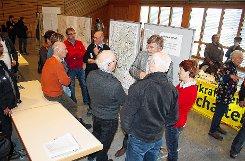 Im Blickpunkt: die Visualisierungen der geplanten Anlagen. Foto: Markgräfler Tagblatt
