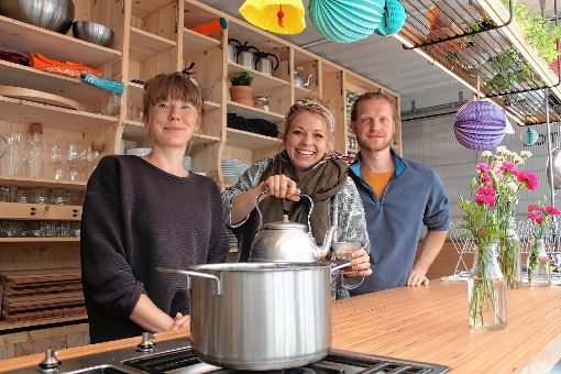 Agnes Disselkamp, Ina Peppersack und Daniel Schoon wollen Menschen über das Kochen zusammenbringen.    Foto: Katharina Ohm Foto: Die Oberbadische