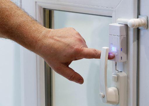 Die Polizei empfiehlt, Wohnungen besonders gegen Einbrecher zu schützen.    Foto: Archiv Foto: Die Oberbadische